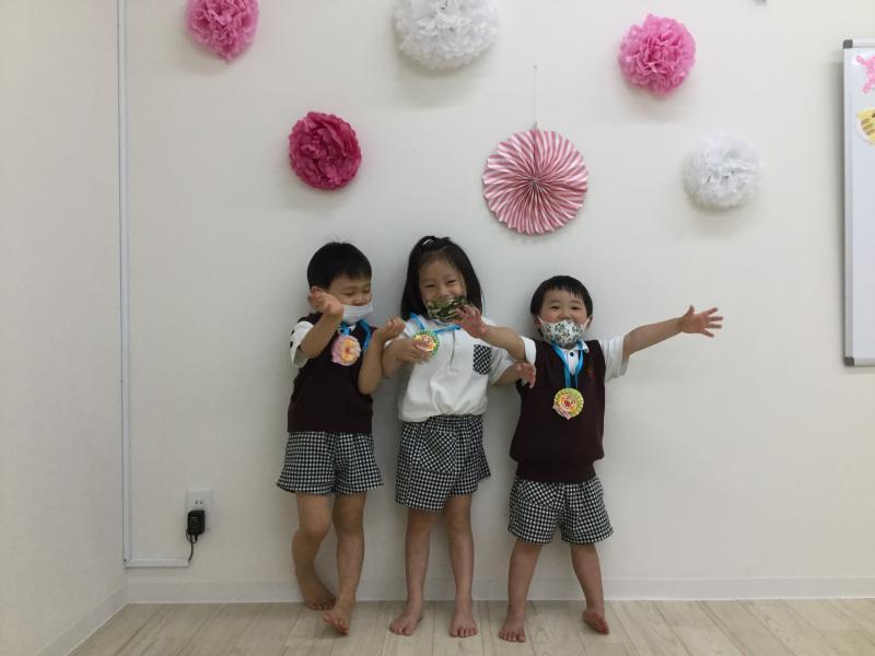 進級式《大阪市西区、新町にある幼児教室一体型保育園HUGアカデミー》