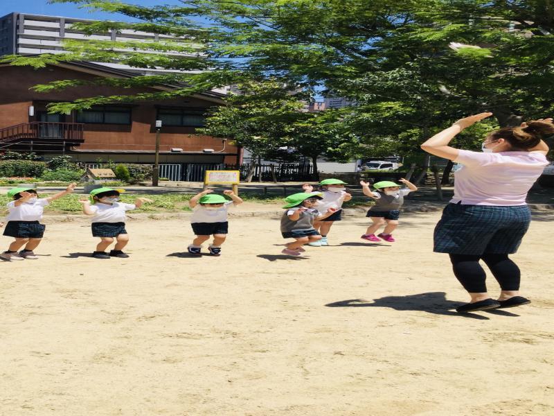 【お外遊び】《大阪市西区、新町にある幼児教育一体型保育園HUGアカデミー》