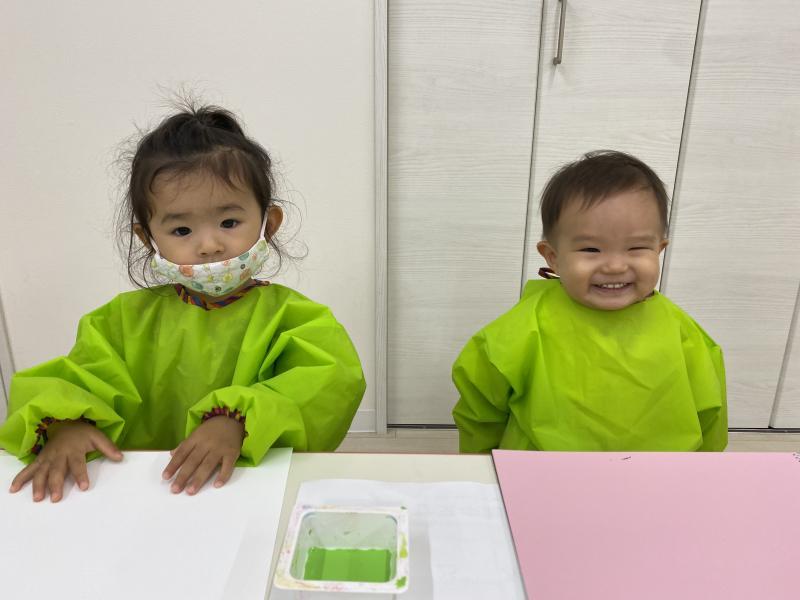金曜日のカリキュラムは絵画、書道です!《大阪市西区、新町にある幼児教室一体型保育園HUGアカデミー》