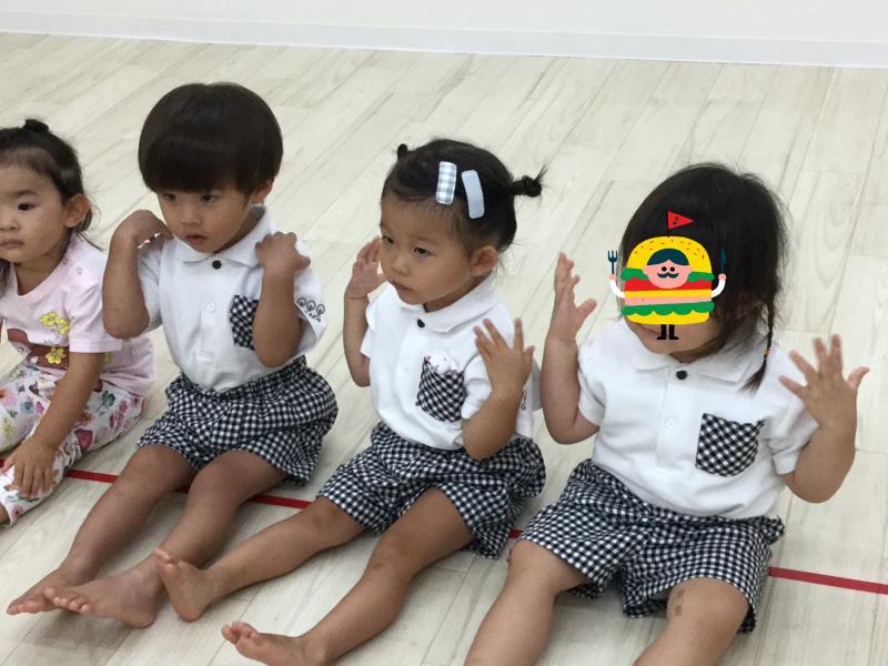 木曜日のカリキュラムはリトミックです!《大阪市西区、新町にある幼児教室一体型保育園》