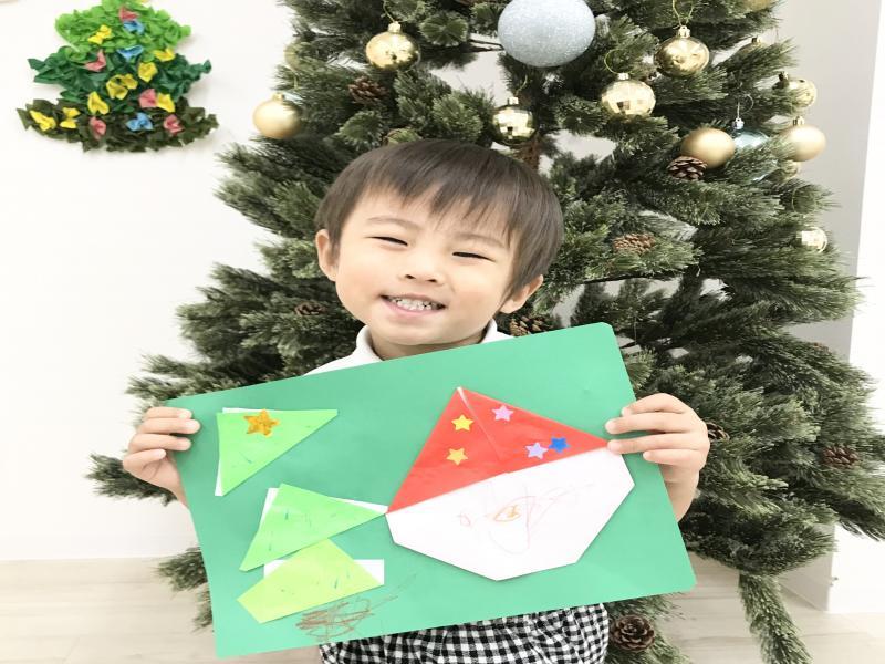 金曜日のカリキュラムは絵画です《大阪市西区、新町にある幼児教室一体型保育園》