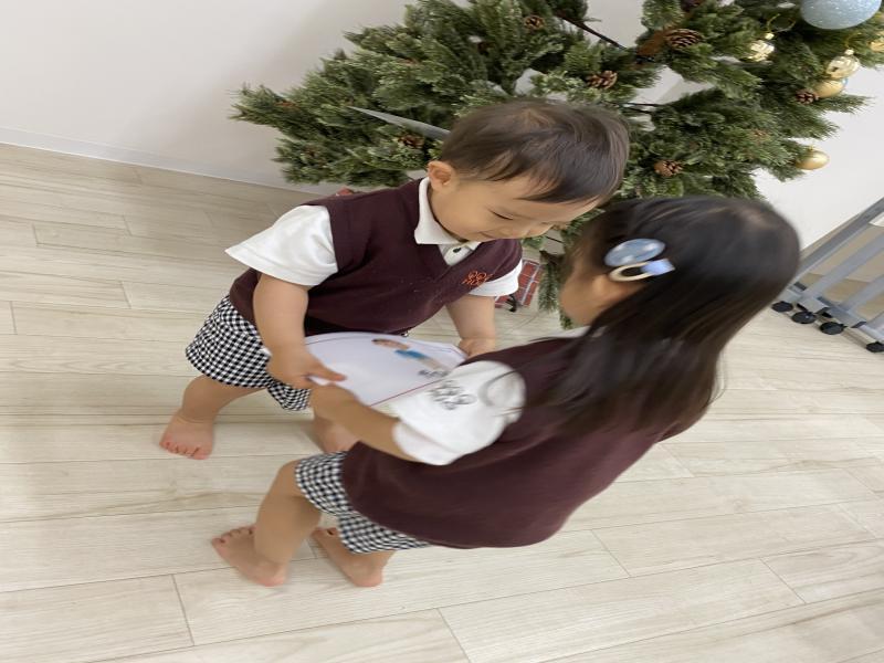 火曜日のカリキュラムは英語です!《大阪市西区、西大橋にある幼児教室一体型保育園HUGアカデミー》