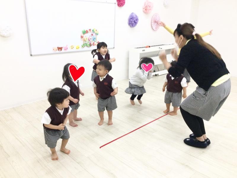 今月の基礎運動&体操☆《大阪市西区、新町にある幼児教室一体型学べる保育園》