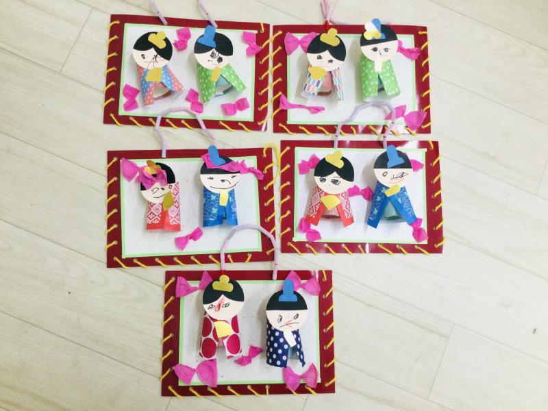 水曜日のカリキュラムはクラフトです。《大阪市西区、新町にある幼児教育一体型保育園HUGアカデミー》