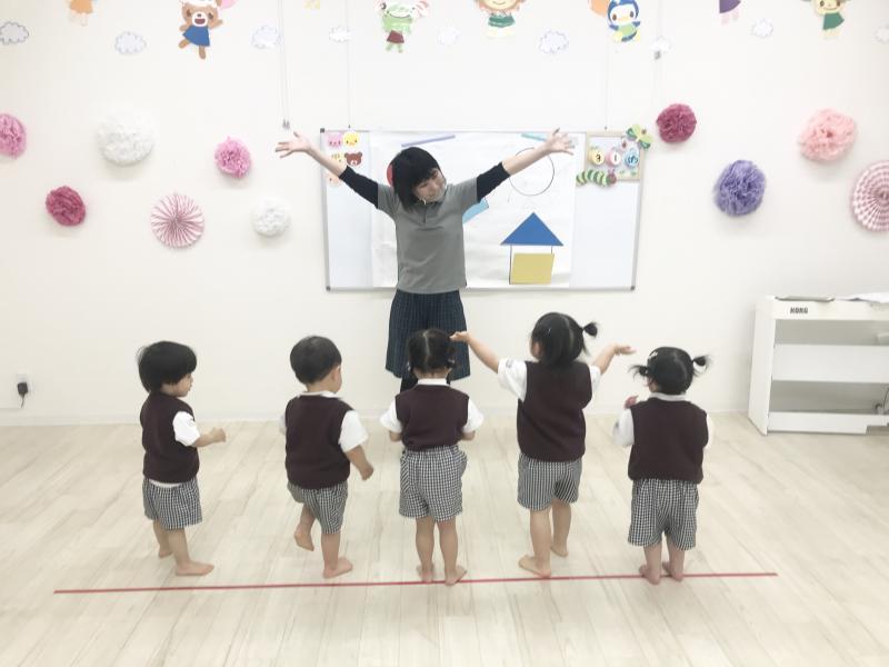 発表会の練習をしました!《大阪市西区、新町にある幼児教室一体型保育園》ょ