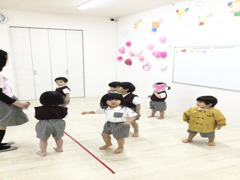 ♪お散歩練習&動物体操♪《大阪市西区、新町にある幼児教室一体型保育園》