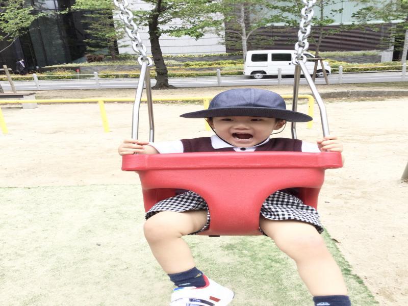 お散歩&公園遊び♪《大阪市西区、新町にある幼児教室一体型保育園》