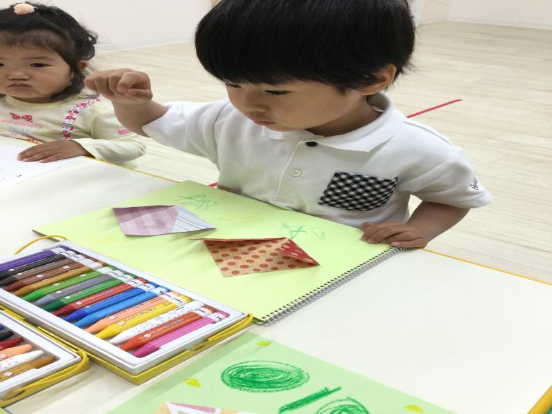 木曜日カリキュラムは習字です!《大阪市西区、新町にある幼児教育一体型保育園HUGアカデミー》