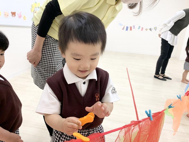 火曜日カリキュラムはリトミックです!《大阪市西区、新町にある幼児教育一体型保育園HUGアカデミー》