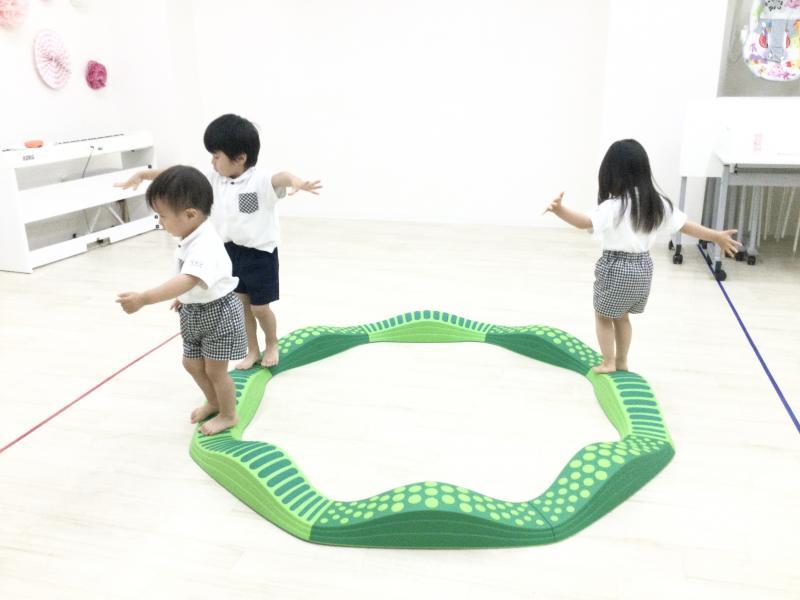 火曜日カリキュラムは体操です!《大阪市西区、新町にある幼児教育一体型保育園HUGアカデミー》